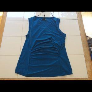 Ladies DKNY Top Size L NWT